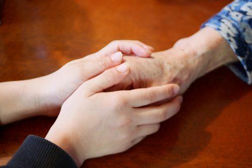 ソーシャルワーク専門職である社会福祉士を取り巻く現状と求められる役割